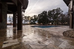 French Pattern Antique Onyx Tumbled Travertine Pavers - Pool Deck