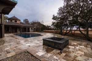 French Pattern Antique Onyx Tumbled Pavers - Pool Deck